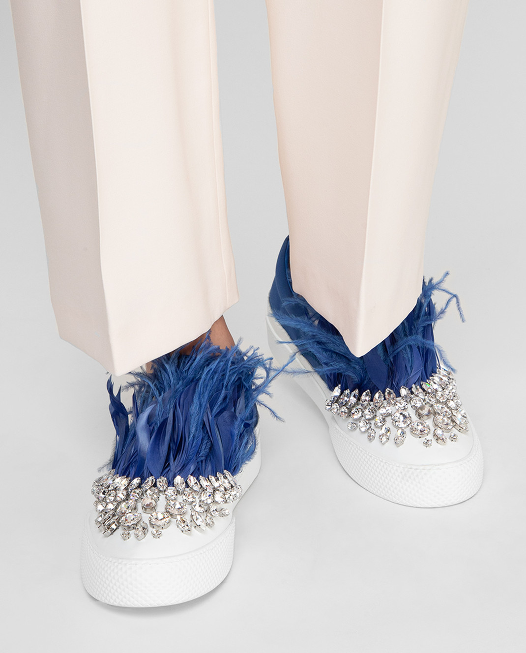 Miu Miu Синие слипоны с кристаллами и перьями из страуса 5S926A3J2W изображение 2