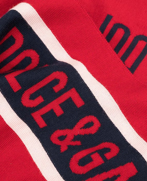 Детский красный шарф из шерсти hover