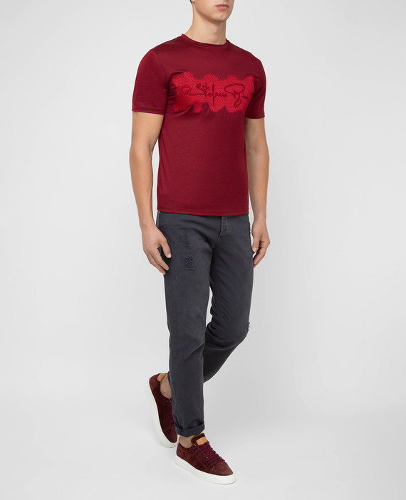 Бордовая футболка hover
