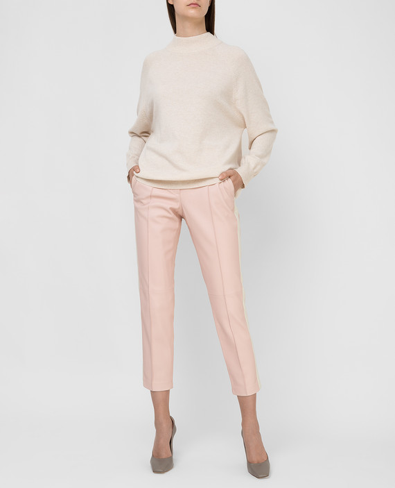 Розовые кожаные брюки hover
