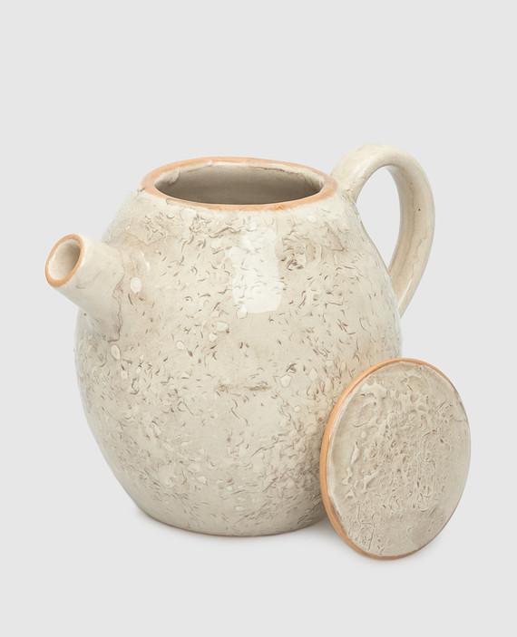 Бежевый чайник из керамики hover