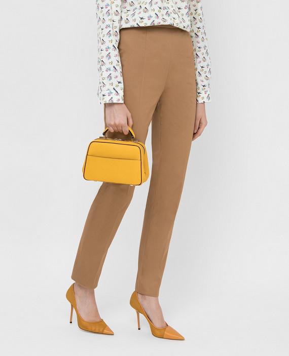 Желтая кожаная сумка hover