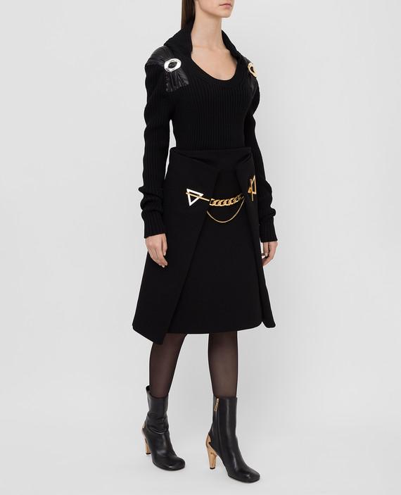 Черный свитер из шерсти hover
