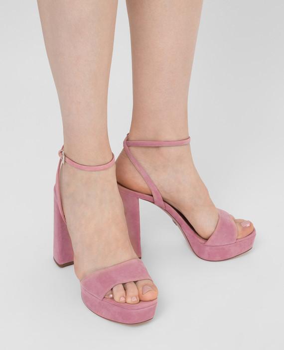 Розовые замшевые босоножки hover