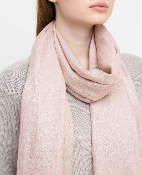 Розовый шарф hover