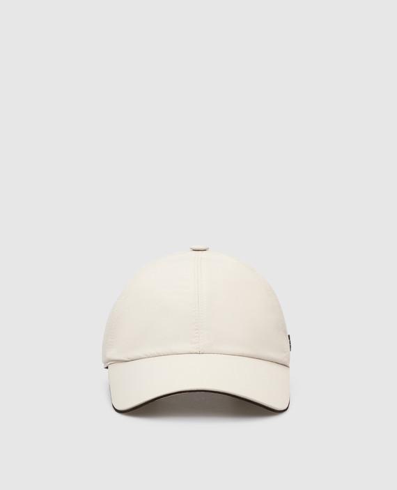 Светло-бежевая кепка