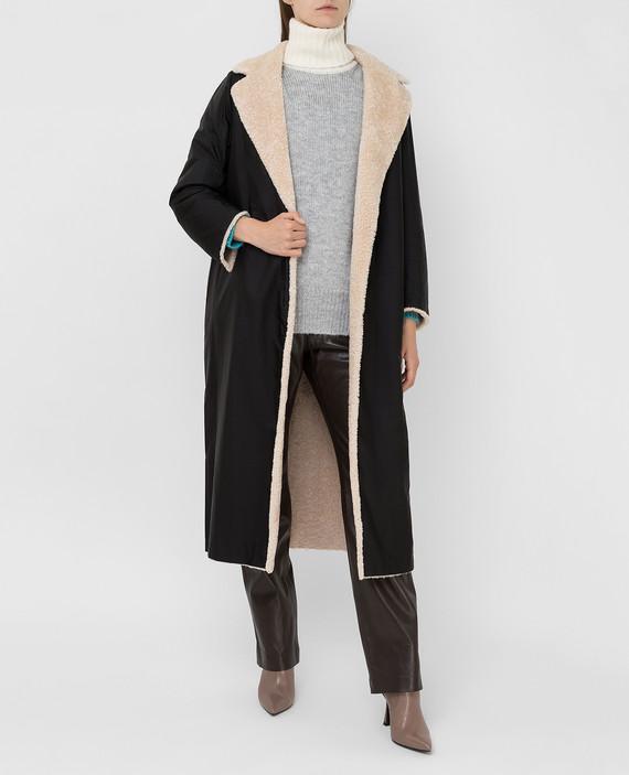 Двухстороннее пальто hover
