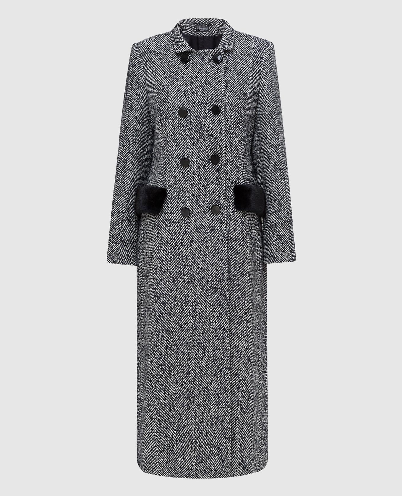 Темно-синее пальто с мехом норки