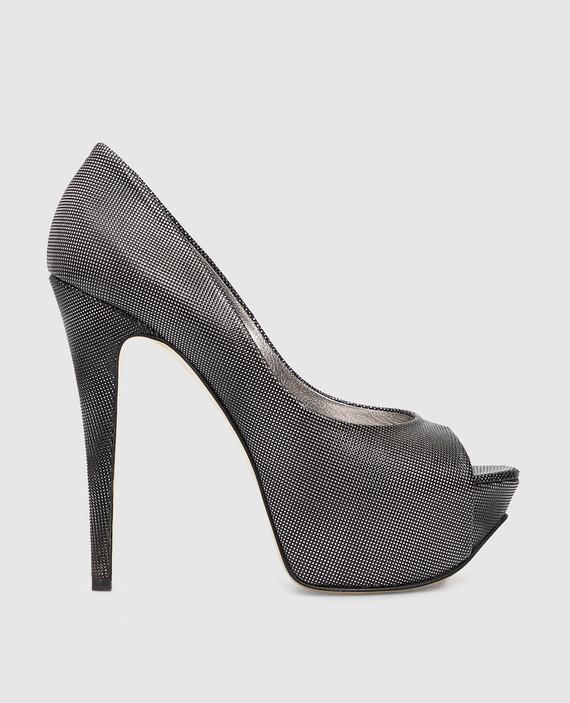 Серебристые кожаные туфли
