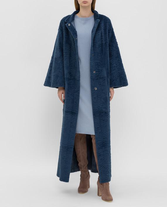 Синее пальто из меха кролика hover