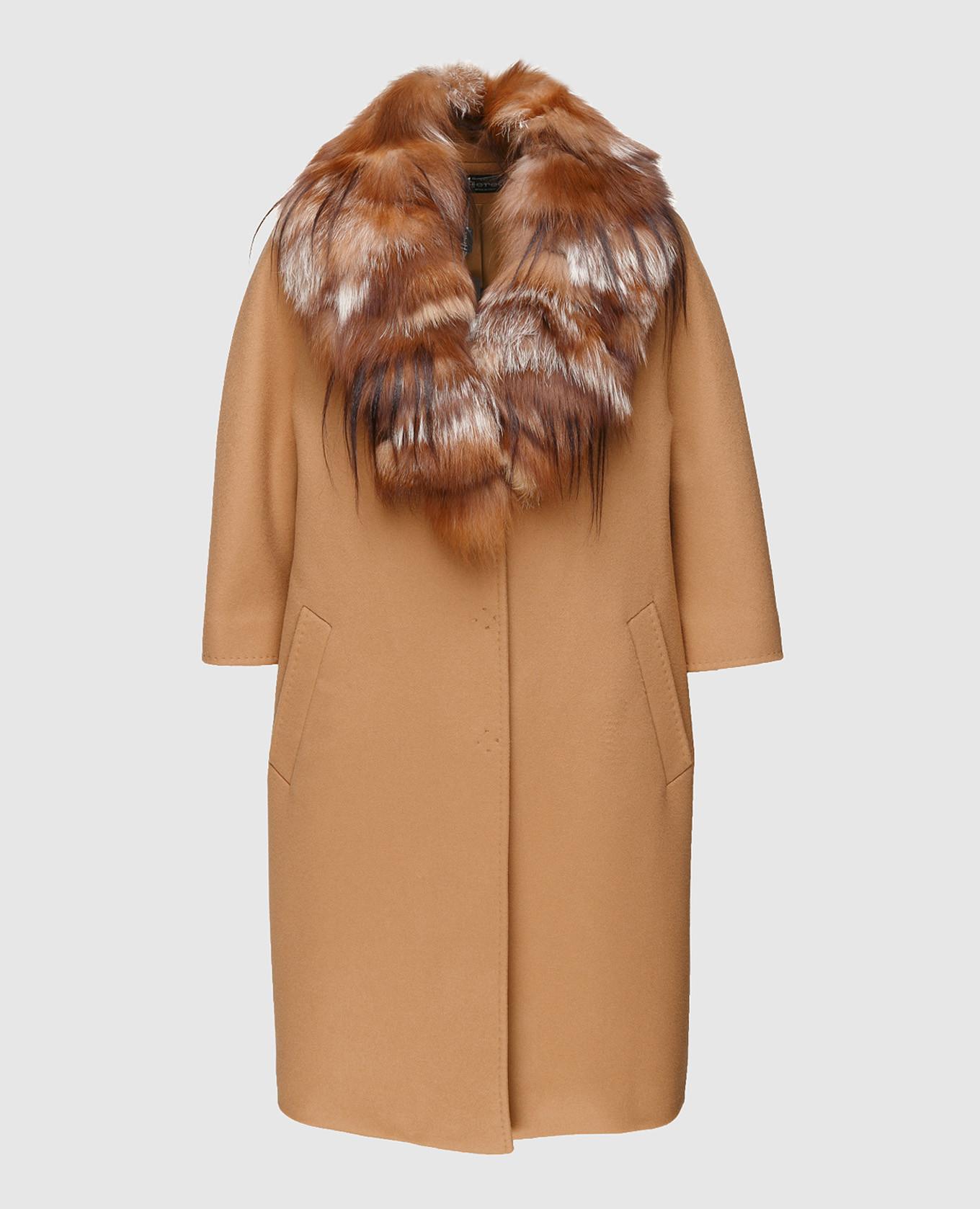 Пальто из шерсти со съемным воротником из меха лисы с карманами
