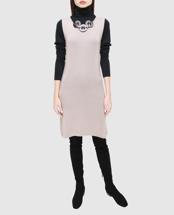 Платье из кашемира hover