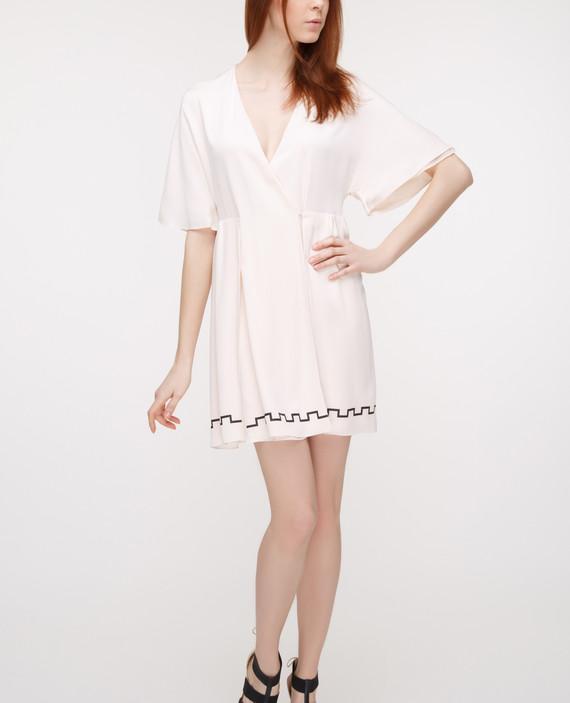 Пудровое платье из шелка hover