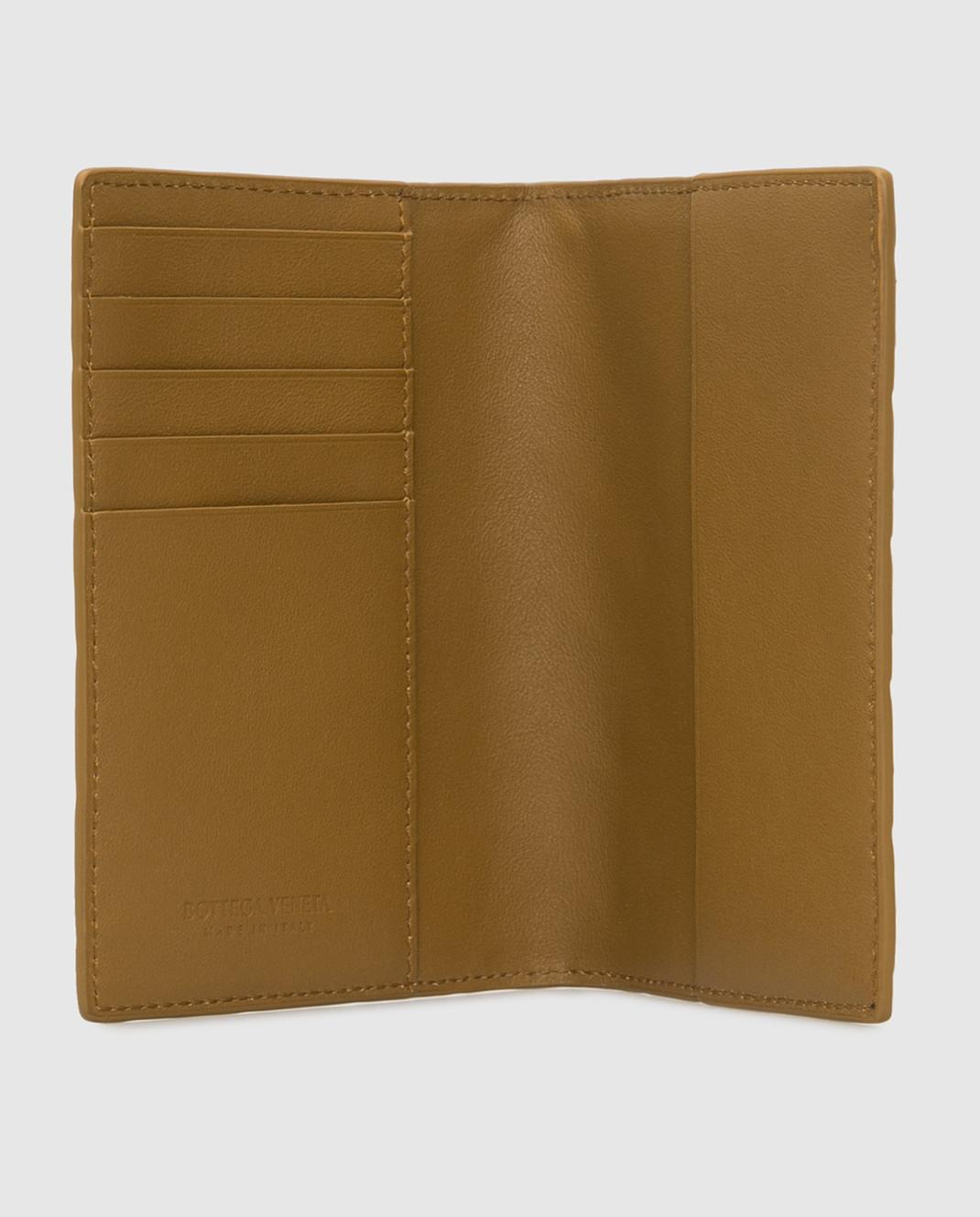 Bottega Veneta Горчичная кожаная обложка для паспорта изображение 3