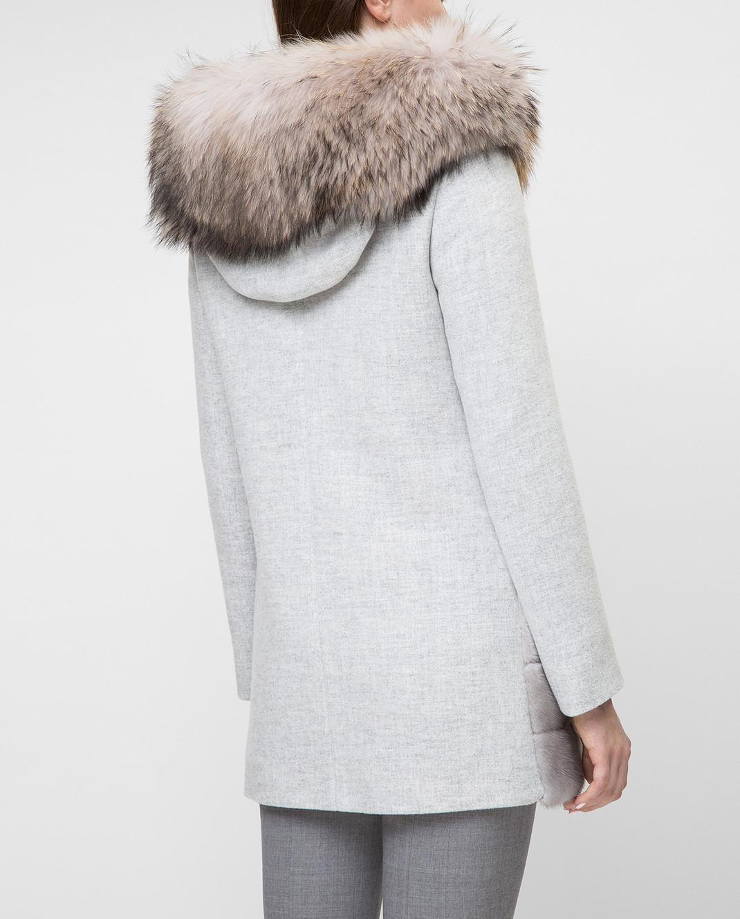 Real Furs House Серое пальто с мехом енота 922RFH изображение 4