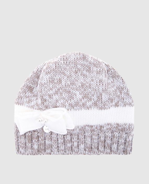 Детская кремовая шапка