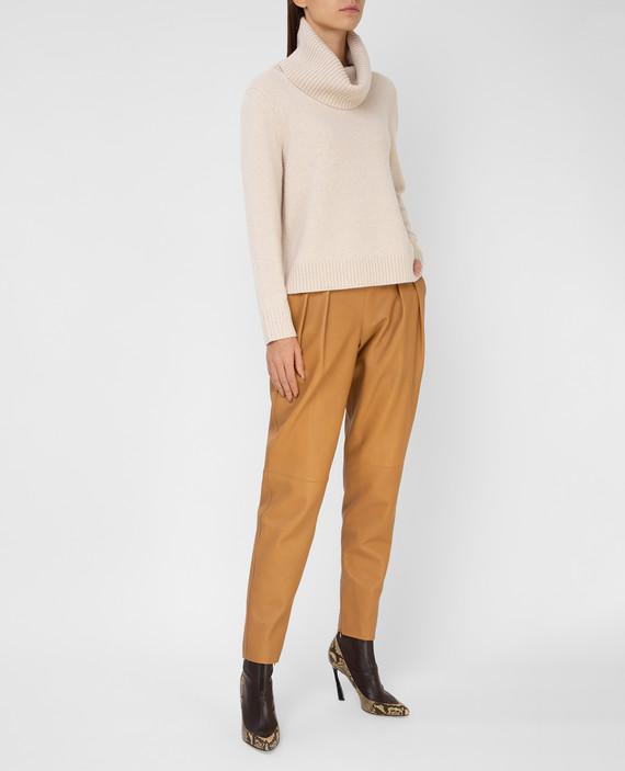 Бежевые кожаные брюки hover