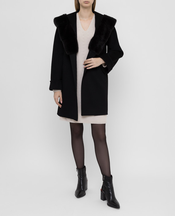 Черное пальто из шерсти с мехом норки hover