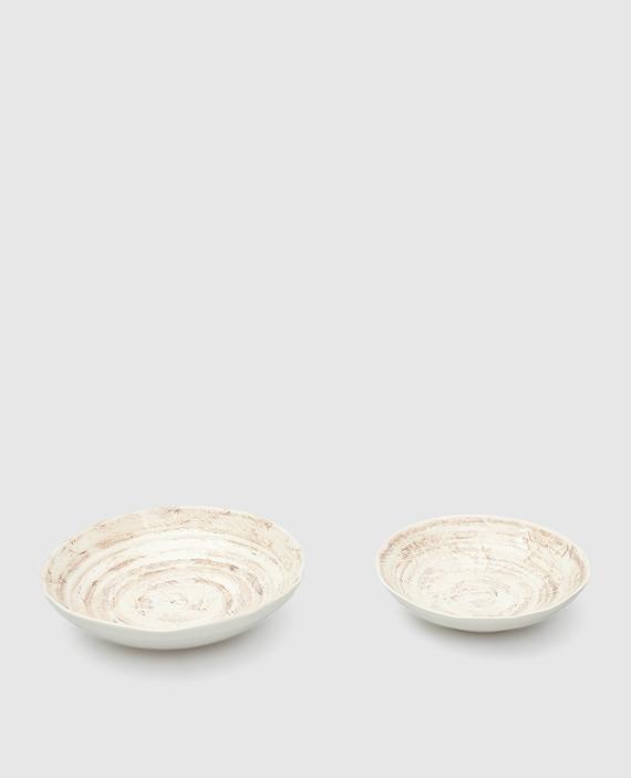 Набор из бежевых тарелок ручной работы hover