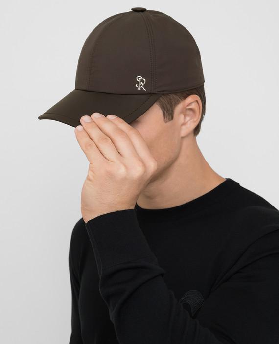 Темно-коричневая кепка из шелка hover