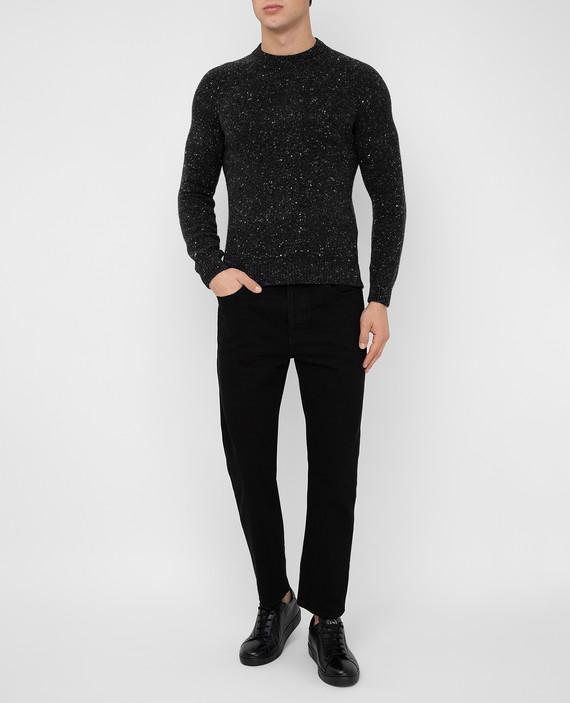 Черные джинсы hover
