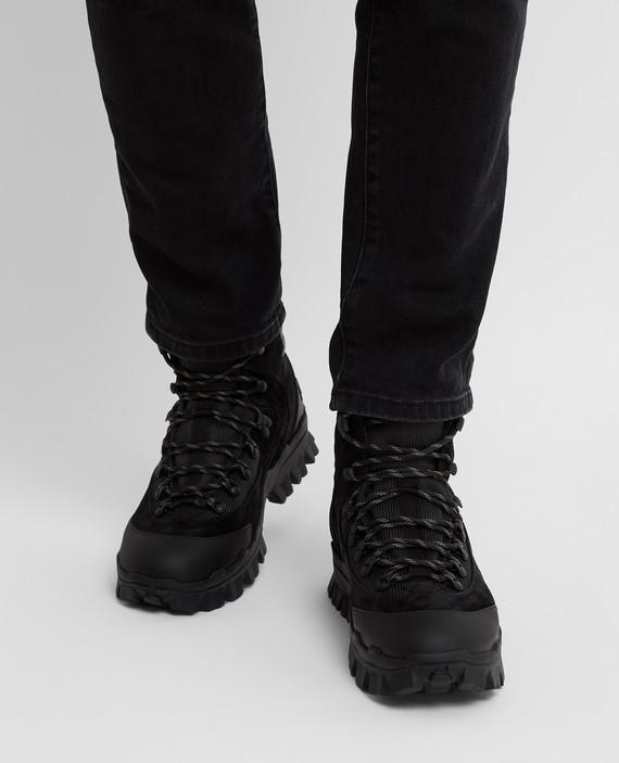 Черные ботинки hover