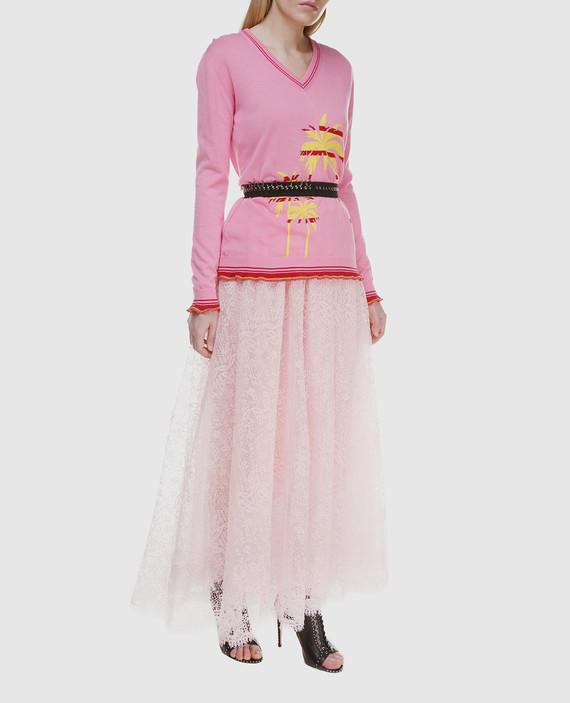 Розовый пуловер hover