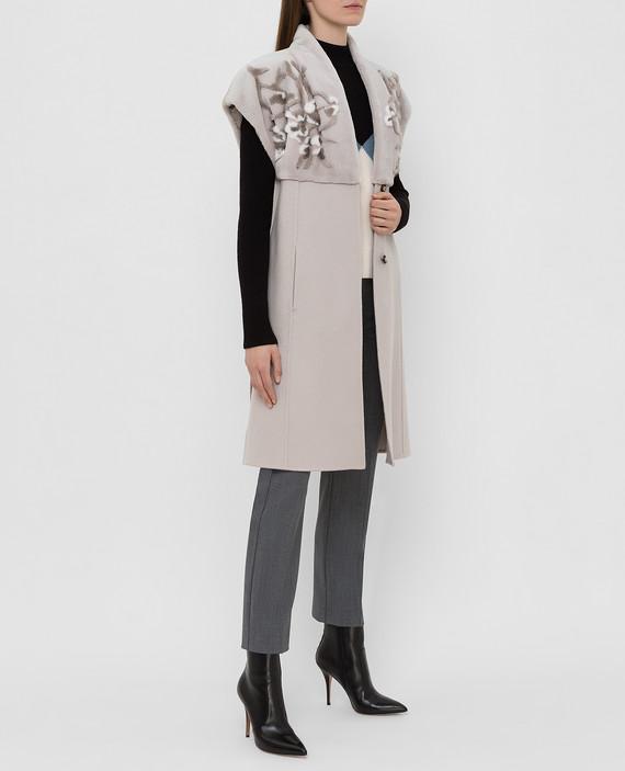 Светло-серый жилет из кашемира с мехом норки hover