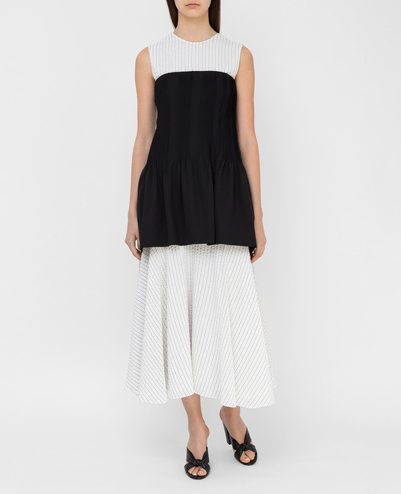 Белое платье из шелка hover