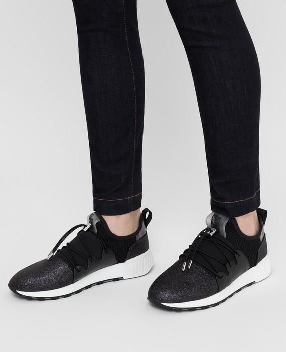 Черные кроссовки hover