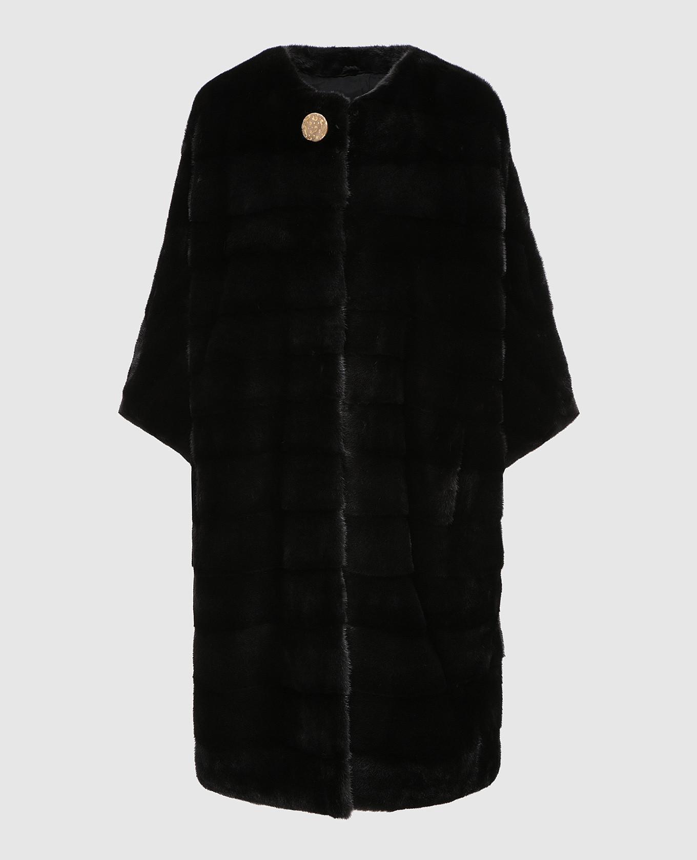 Черное меховое пальто