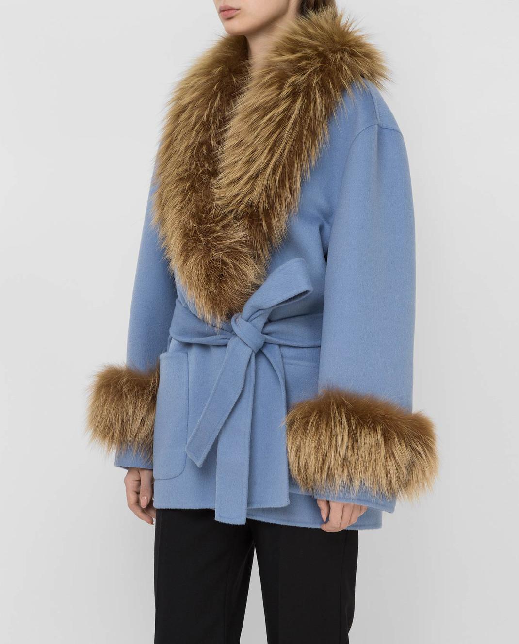 Prada Голубое пальто с мехом лисы изображение 3