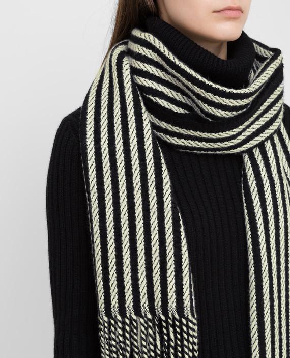 Черный шарф из кашемира hover