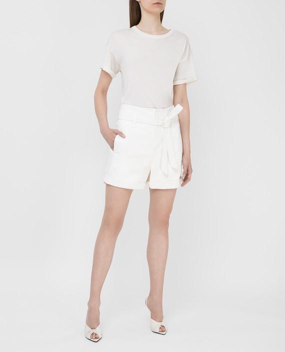 Белые кожаные шорты hover