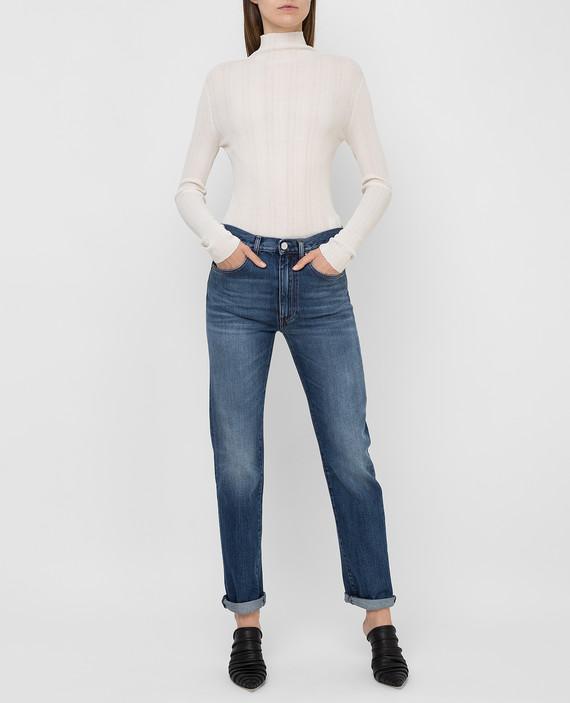 Синие джинсы hover