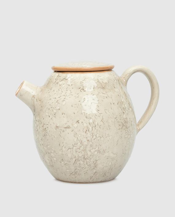 Бежевый чайник из керамики