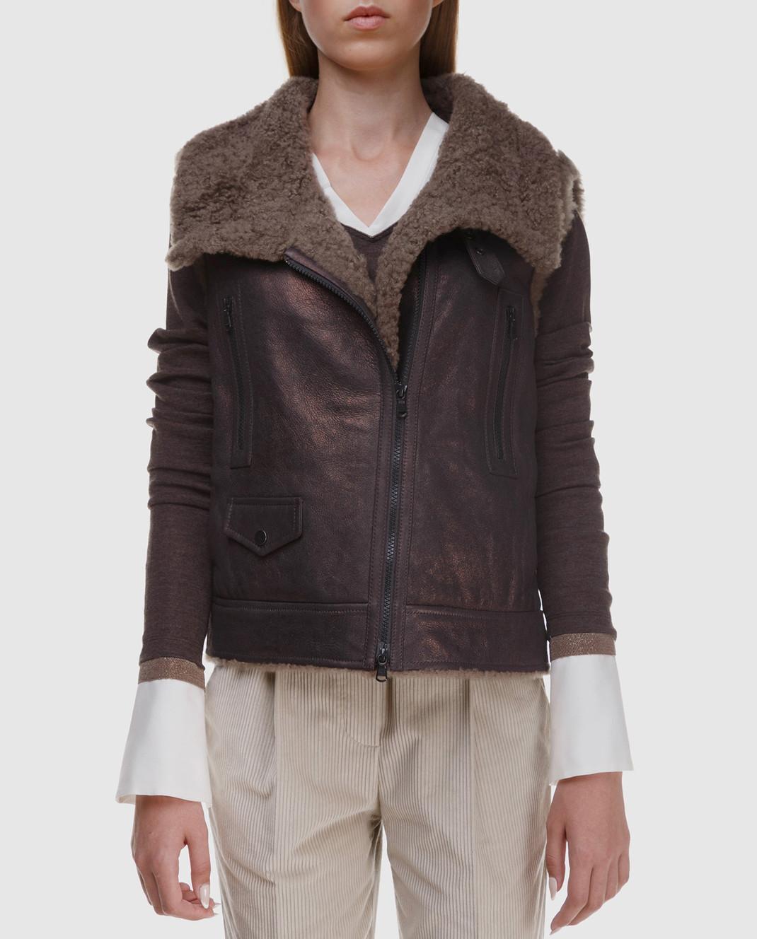 Brunello Cucinelli Коричневый кожаный жилет с мехом барашка MPBPO8449P изображение 3