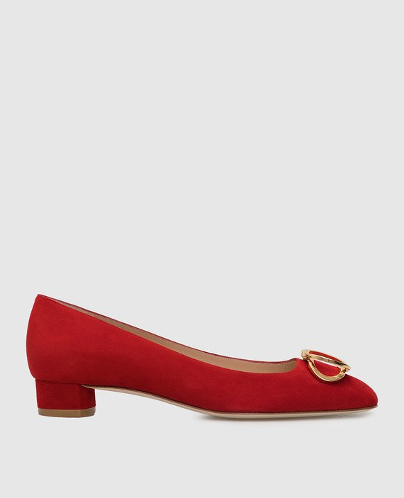 Красные замшевые туфли