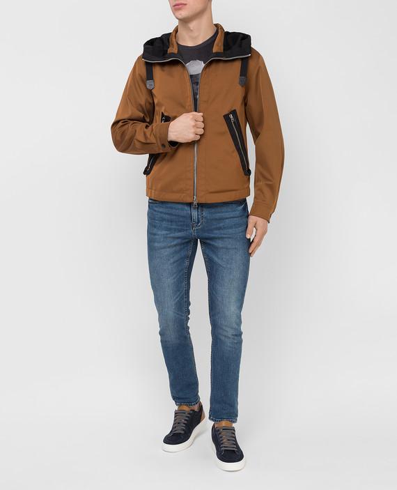 Коричневая куртка hover