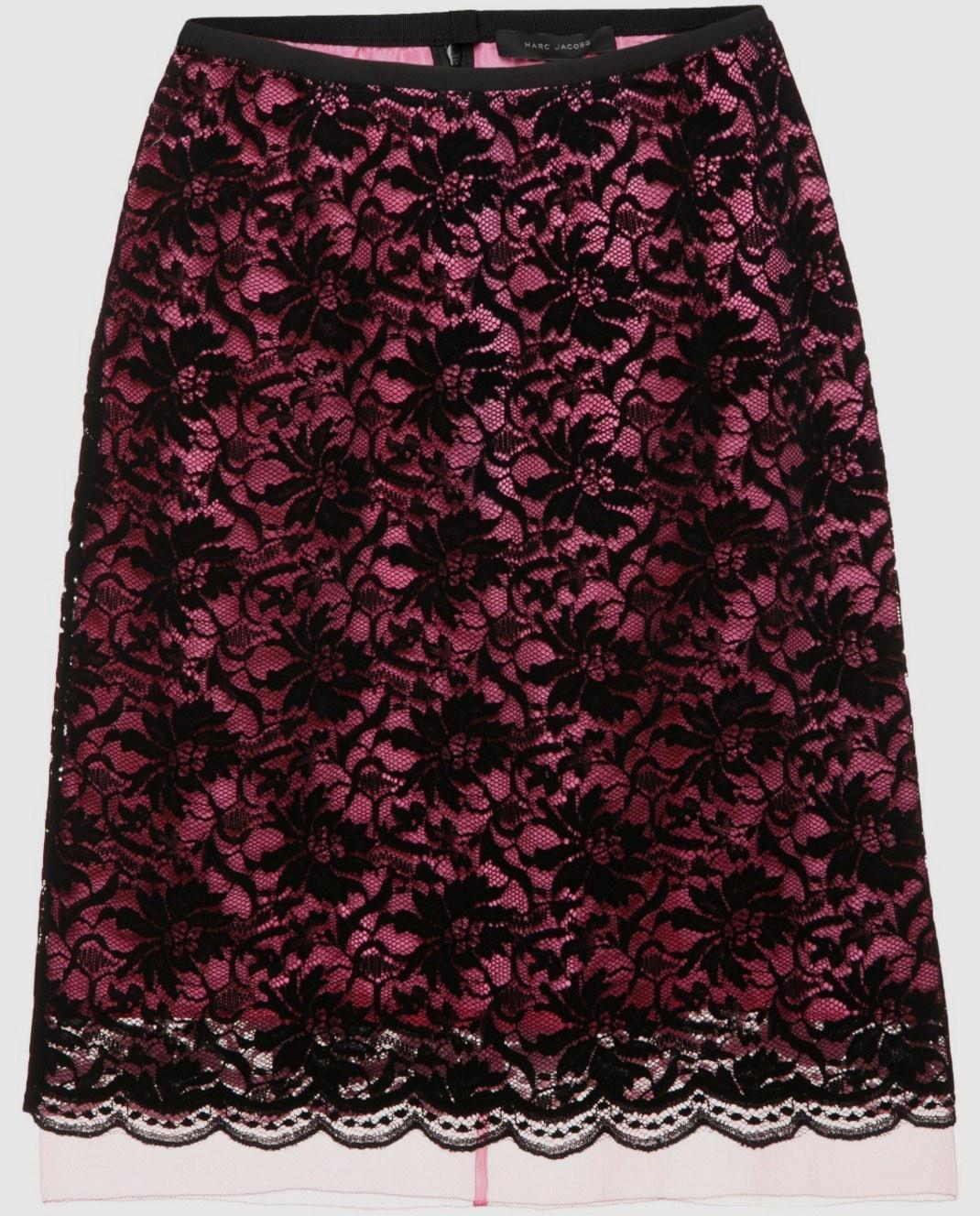 Красная юбка из кружева