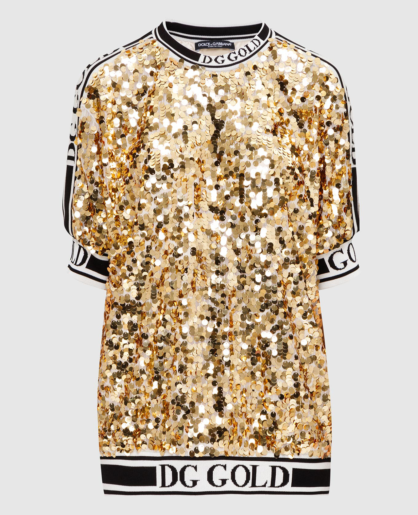 Золотистая футболка