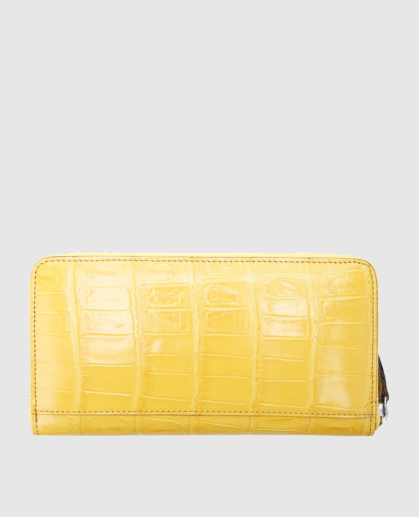 Желтый кожаный кошелек