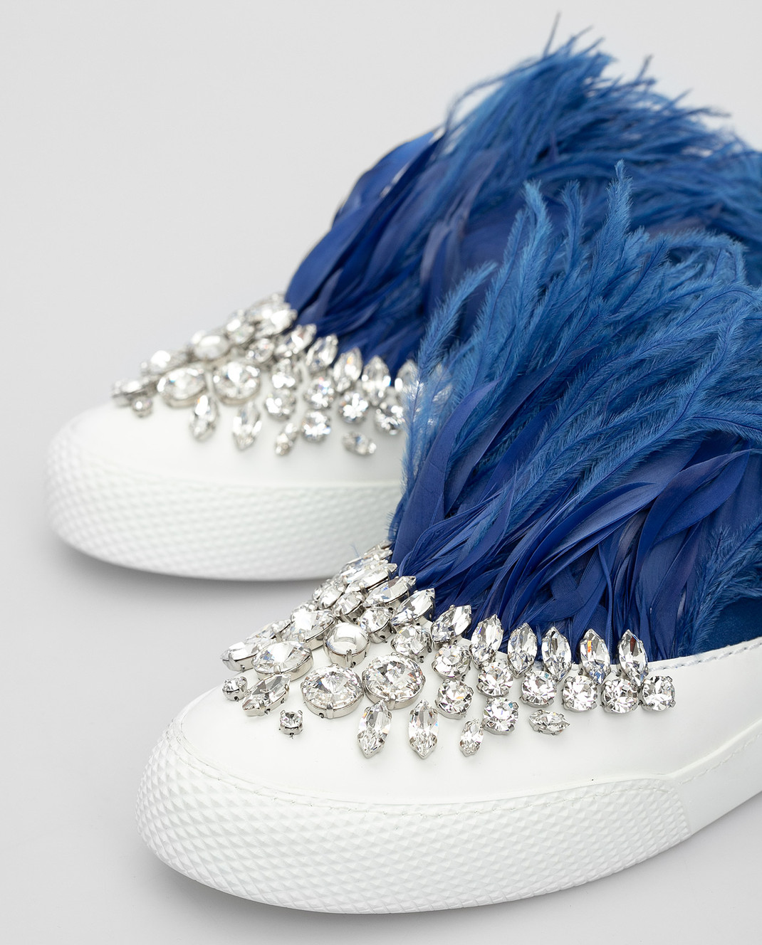 Miu Miu Синие слипоны с кристаллами и перьями из страуса 5S926A3J2W изображение 5