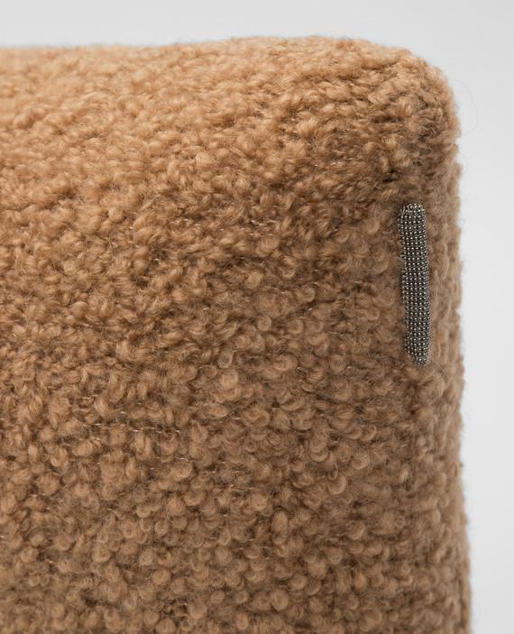 Бежевая подушка из верблюжьей шерсти и шелка hover