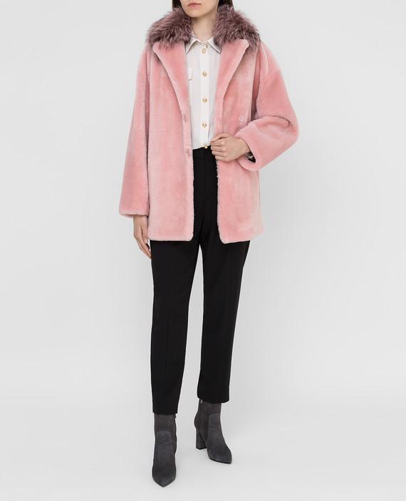 Розовая шуба с мехом лисы hover