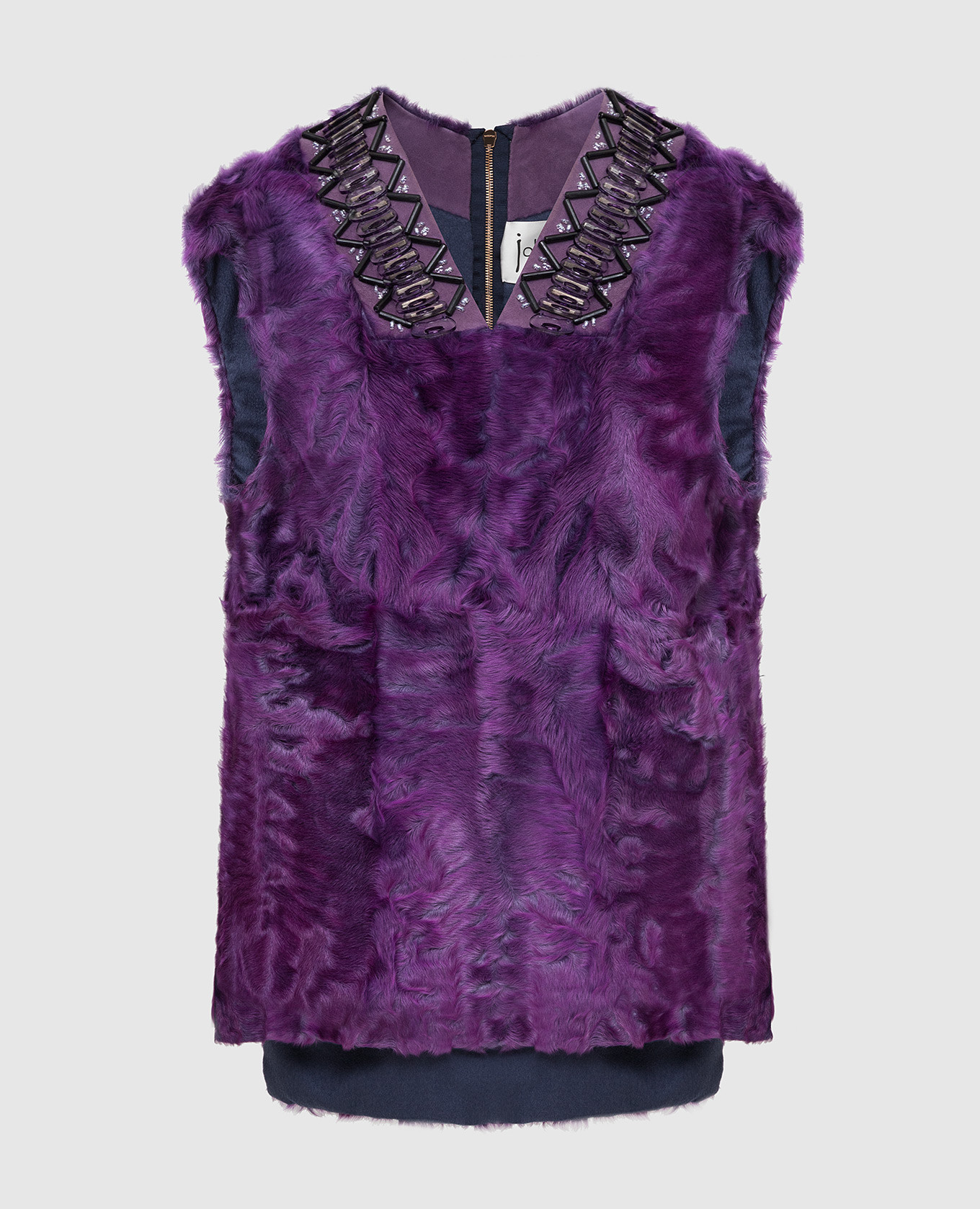 Фиолетовый меховой жилет