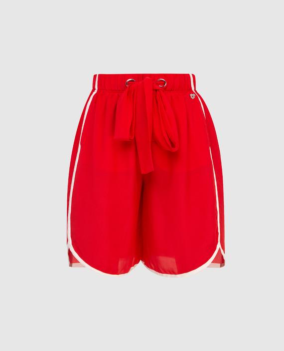 Красные шорты из шелка
