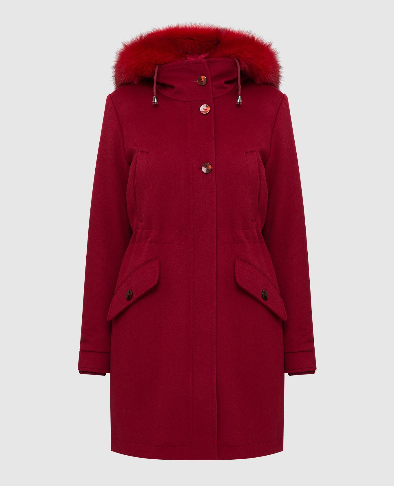 Красное пальто из шерсти
