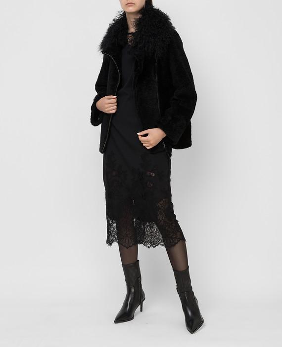 Черное пальто hover
