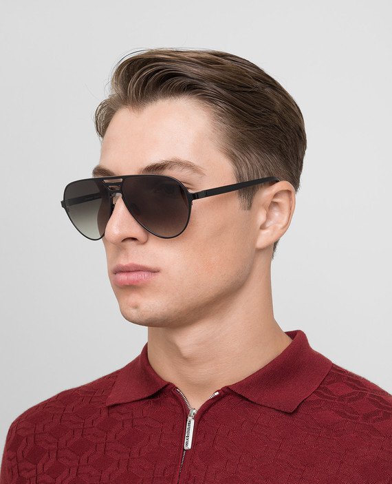 Черные солнцезащитные очки hover